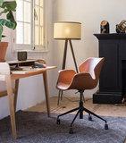 Meubelen-Online - Bureaustoel Nikki bruin design merk Zuiver sfeer
